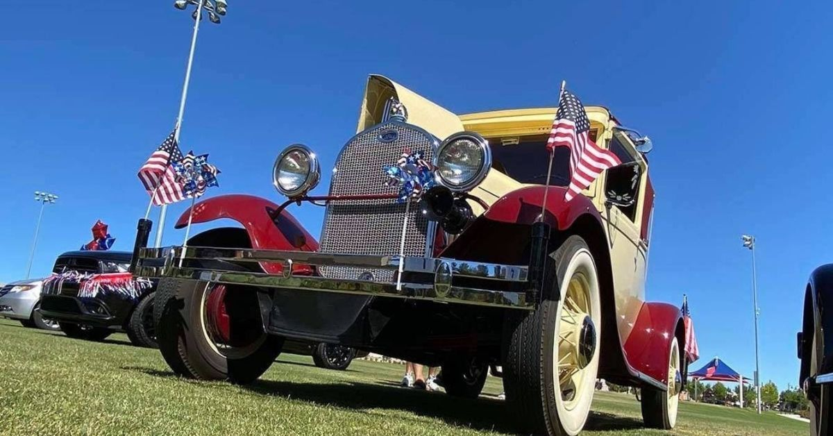 Five Ways to Celebrate Memorial Day Weekend 2021, Off The Strip