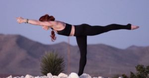 amelia-bruff-yoga-4-a-cause