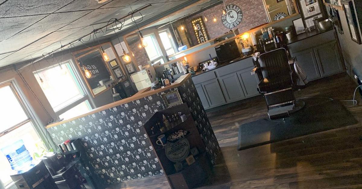 Inside the Speakeasy barbershop - One of the best barbershops off the strip in Las Vegas