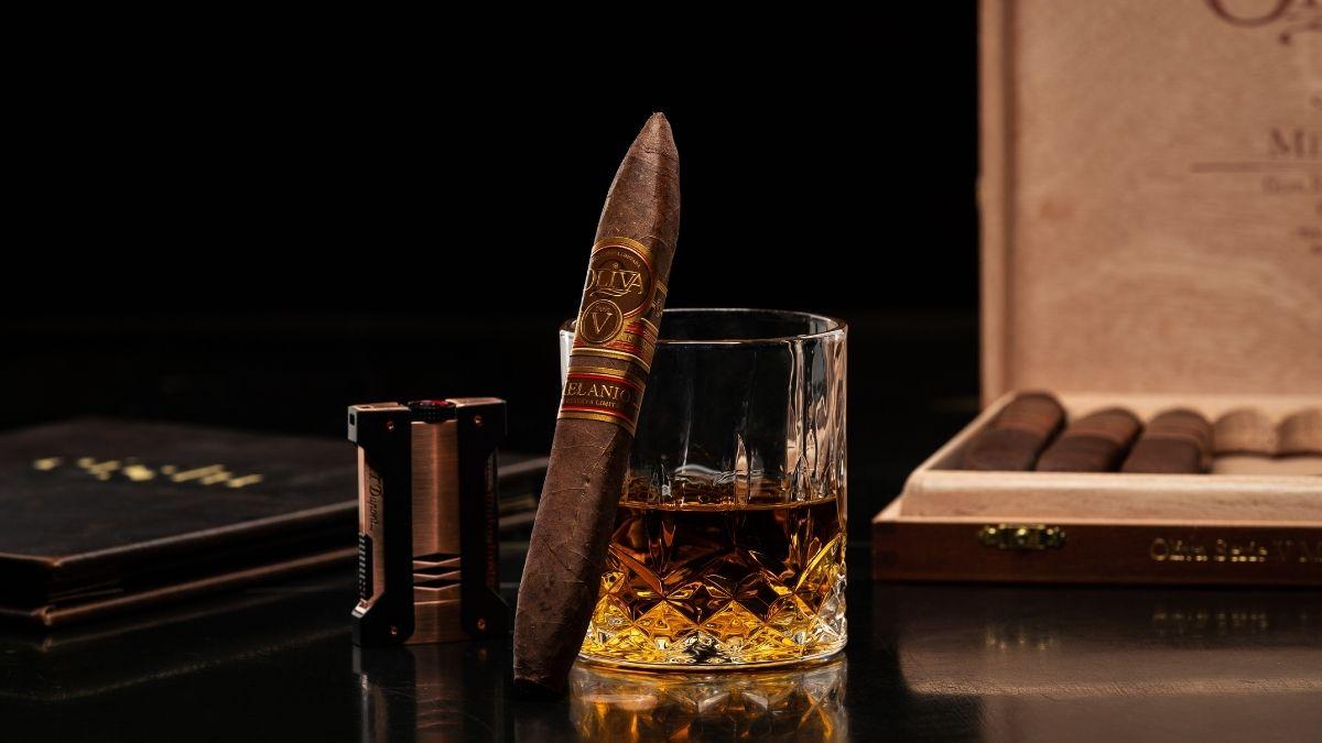 cigar-bar-eight-resorts-world